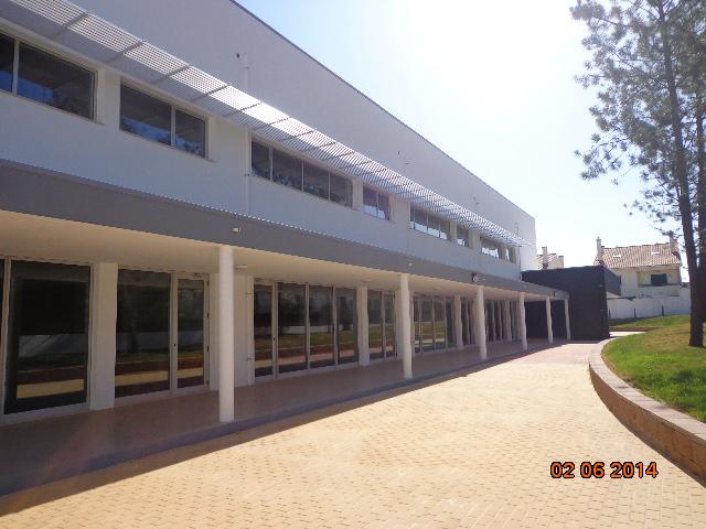 Escola 1.º Ciclo do Ensino Básico - Fernão Ferro na Localidade dos Redondos