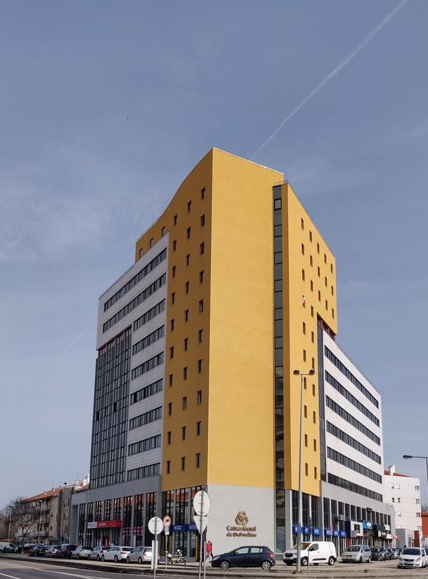 Edifício de Habitação Coletiva e Comércio | Bairro das Glicínias