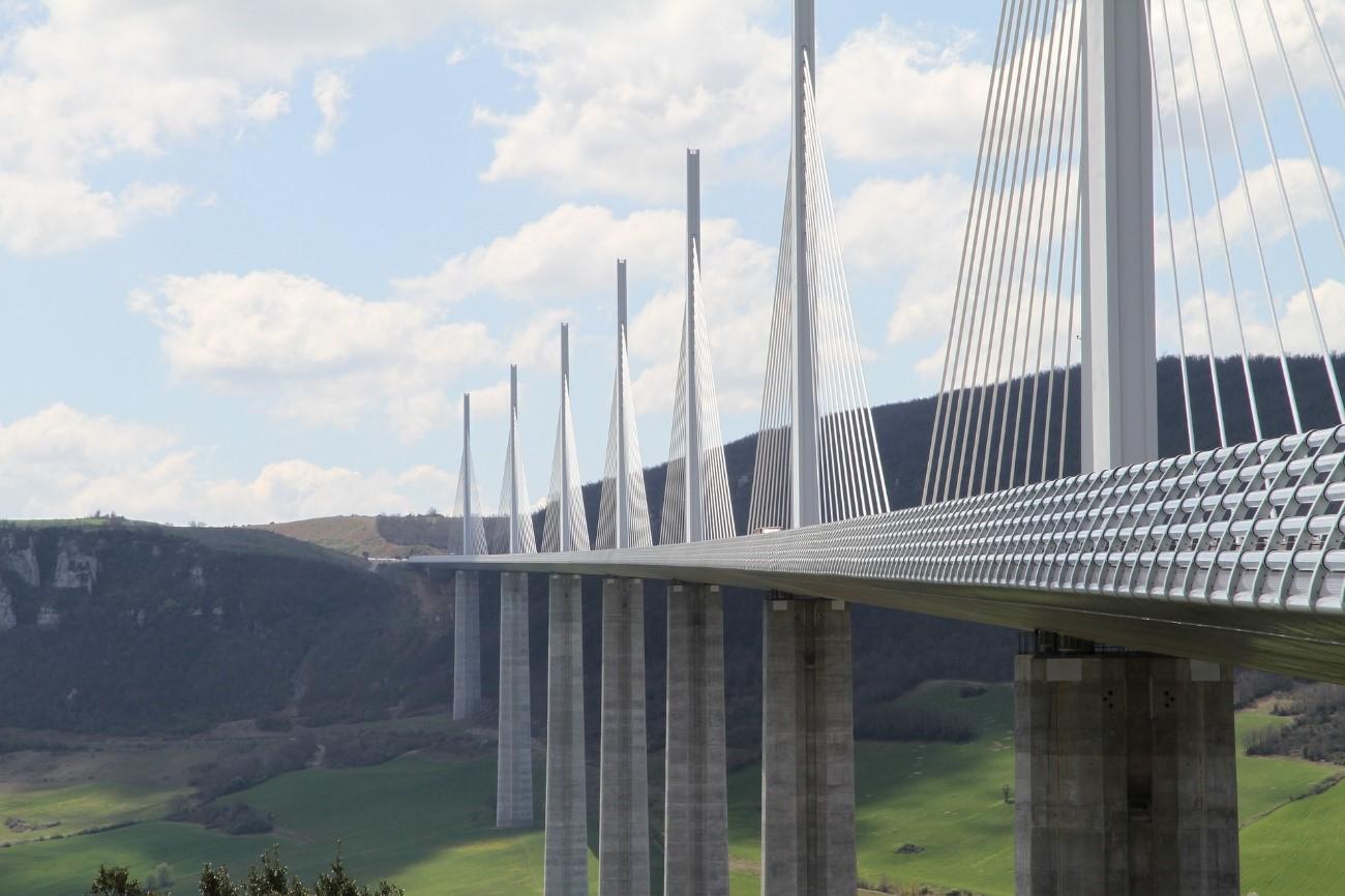 Verificação das Condições Estruturais de uma ponte em Betão Armado